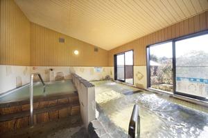 電気風呂と水風呂